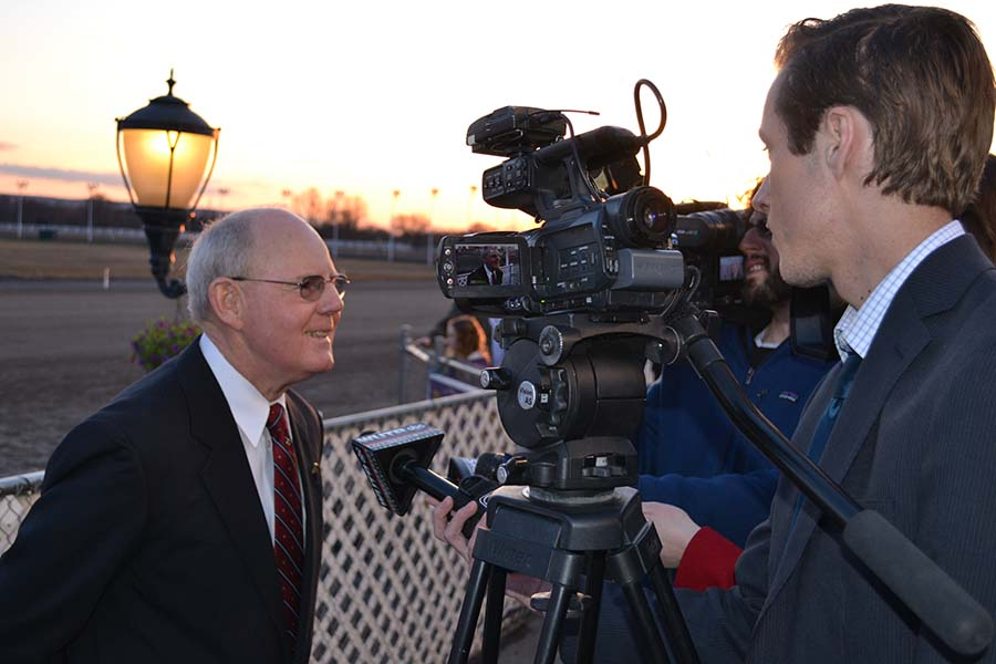 TV reporters capture Jim Moran during the sunset of his career. (Photo: Bill DeLapp | Syracuse New Times)